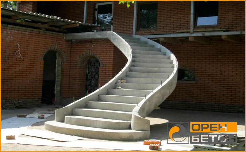 Приминение бетона В15 (М200), устройство монолитной лесницы фото